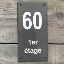 Numéro de maison vertical