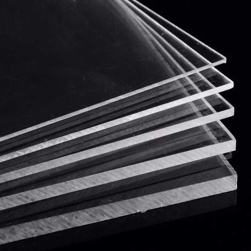 Plaques en plexiglass